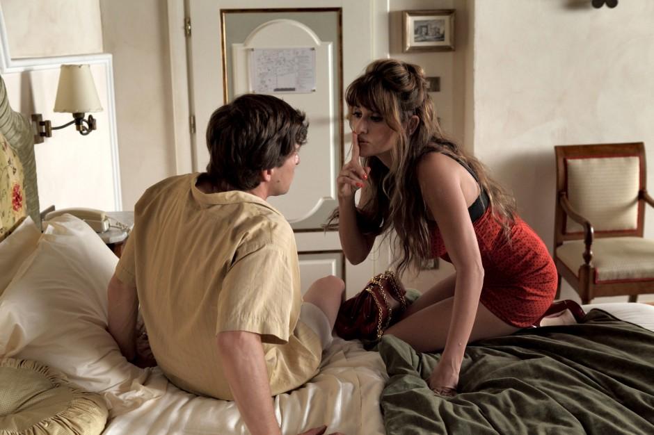 to-rome-with-love-penelope-cruz-image1