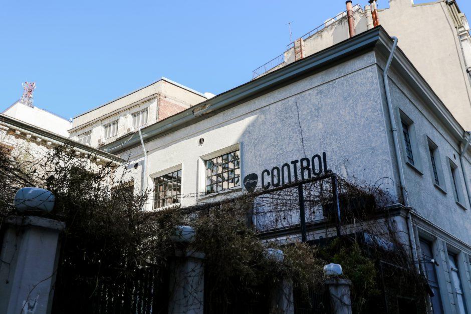 Control 1