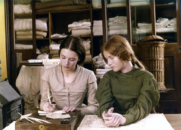 Isabelle Adjani (Emily) et Isabelle Huppert (Anne)